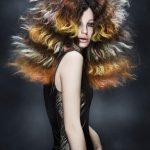 Włosy: Mark Leeson, Zdjęcia: Richard Miles/Makijaż: Lan Nguyen, Stylizacja: Bernard Connolly/Produkty: Goldwell