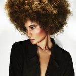 Włosy i Kolor: Candice McKay dla Davines, Zdjęcia: John Rawson/Makijaż: Lan Grealis, Stylizacja: Jared Green/Ubrania: Black Coffee/Produkty: Davines