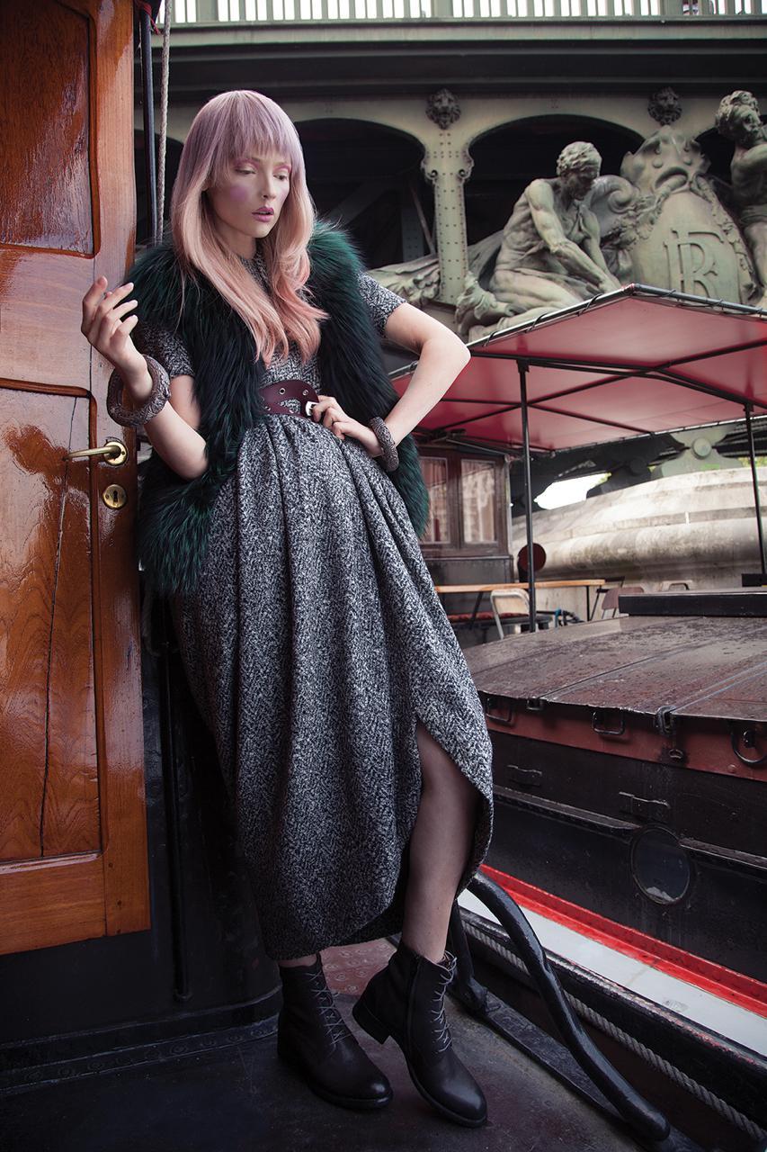 Włosy: Guylaine Martel/Zdjęcia: Alain Comtois/Makijaż: Anne Arnold/Stylizacja: Marie Revelut