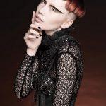 Włosy: Lisa Polini @ Hype Hair Studio dla De Lorenzo, Kolor: Lisa Polini, Zdjęcie: David Mannah, Makijaż: Christina Rodio