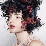 Włosy: Bridie Meehan, Zdjęcia: Karla Majneric, Makijaż: Georgia Ramman, Stylizacja: Karly Brown