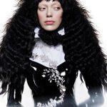 Włosy: Danny Pato, Zdjęcie: Mara Sommer, Makijaż: Kiekie Stanners, Stylizacja: Danny Pato i Rachel Morton, Produkty: Davines