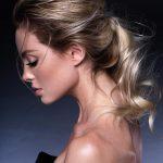 Włosy: Eric Zemmour, Zdjęcie: Stéphane Gagnard, Makijaż: Kelly Mcclain, Stylizacja: Yulia Moatti