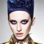 Włosy: Errol Douglas MBE dla usług salonów, Zdjęcie: Richard Miles, Makijaż: Clare Read, Stylizacja: Desiree Lederer